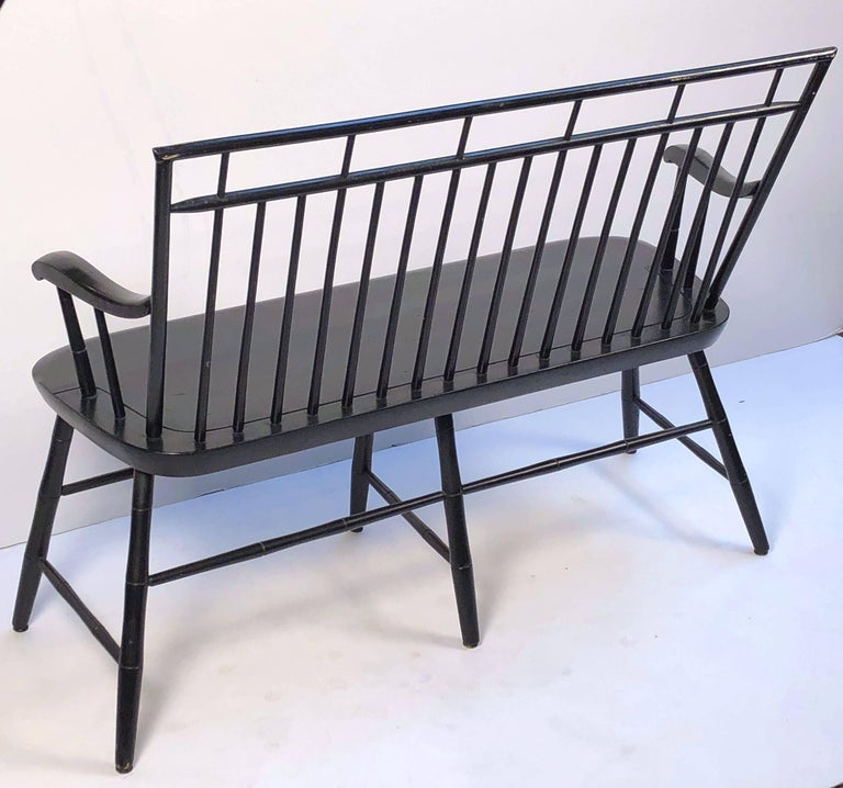 American Spindle Back Settee or Seating Bench of Painted Wood For Sale 3