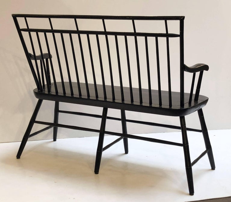 American Spindle Back Settee or Seating Bench of Painted Wood For Sale 1
