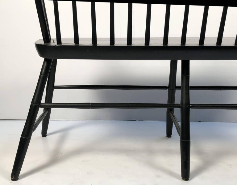 American Spindle Back Settee or Seating Bench of Painted Wood For Sale 5