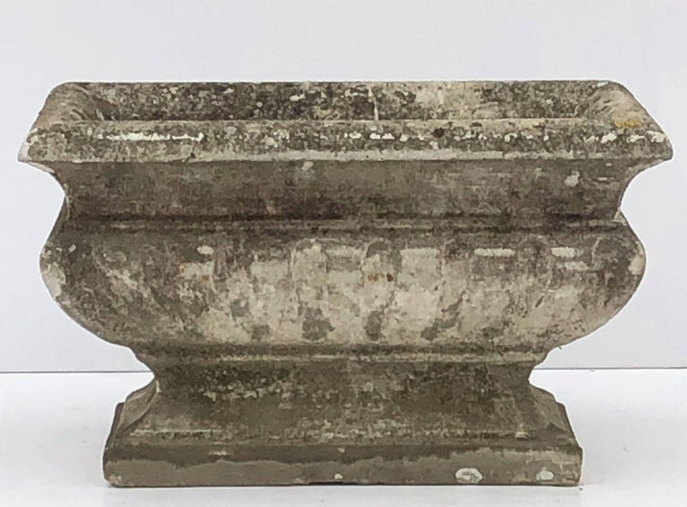 Large Rectangular English Garden Stone Pedestal Trough or Planter In Excellent Condition For Sale In Austin, TX