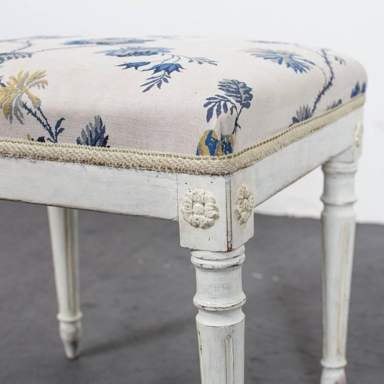 20th Century A Pair of Swedish Gustavian Stools For Sale