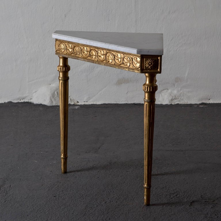 Table Console Swedish Neoclassical 18th Century Marble Giltwood Sweden For Sale 2