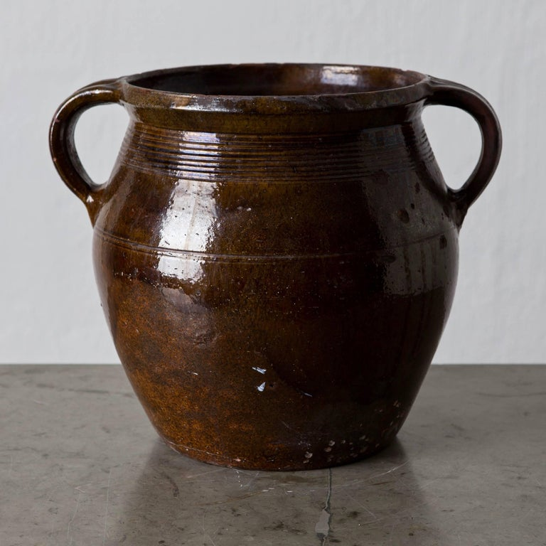 Pottery Jar Swedish, 19th Century, Sweden In Good Condition For Sale In New York, NY