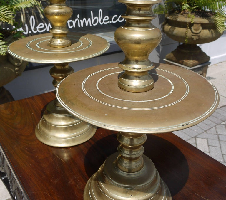 Massive Pair of Early 19th Century Brass Candlesticks In Good Condition For Sale In Kilmarnock, VA
