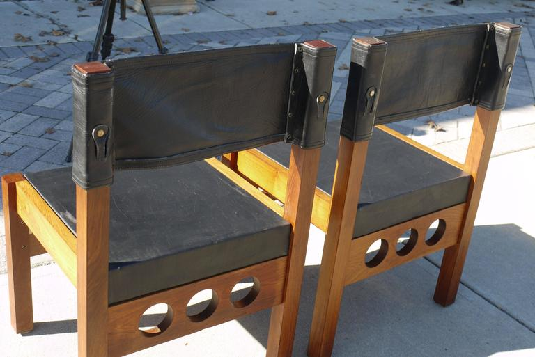 Pair of Brazilian Rosewood and Leather Chairs, Attributed to Sergio Rodrigues 8
