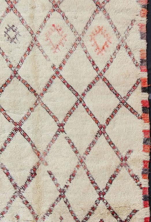 Tribal Vintage Moroccan Beni Ouarain Rug For Sale