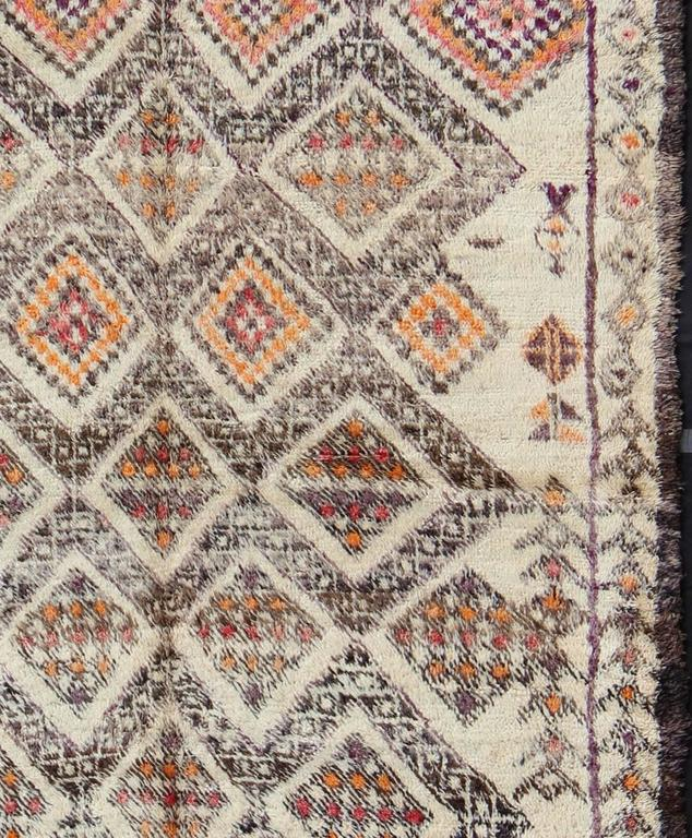 Hand-Knotted Vintage Moroccan Beni Ouarain Rug For Sale
