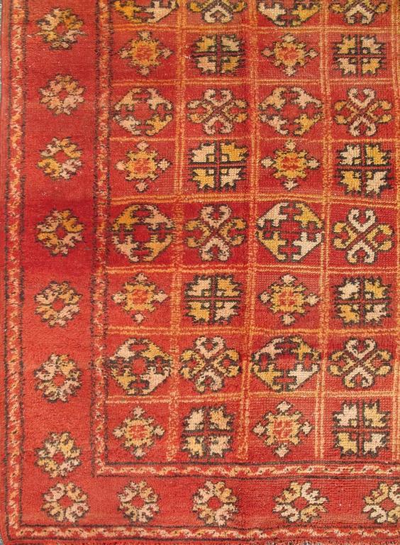 Vintage Moroccan Rug With Quatrefoil Design In Red Cream