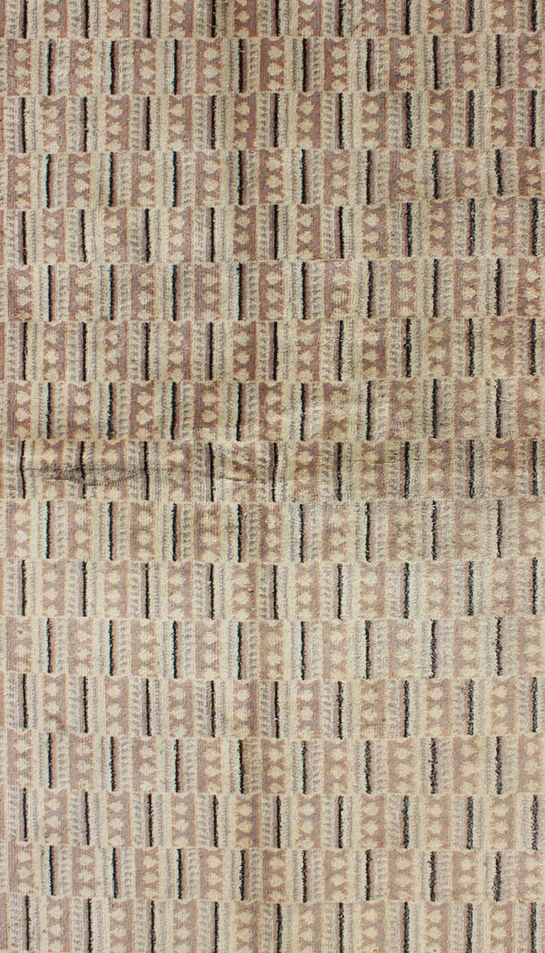 Mid-Century Modern Vintage Zeki Müren Rug with a Modern Design For Sale