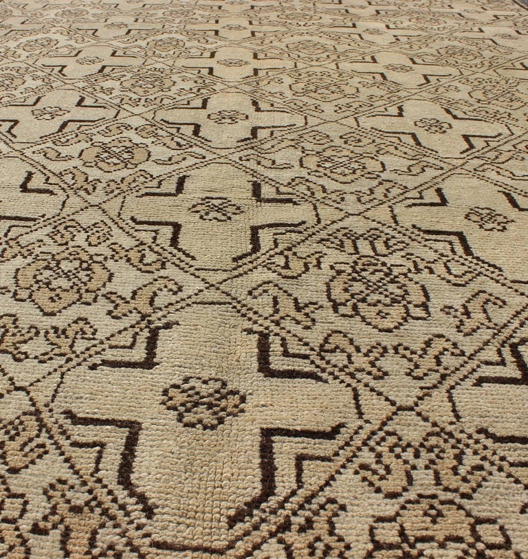 Mid-20th Century Vintage Oushak Rug with Modern Transitional Design in Dark Brown and Taupe For Sale
