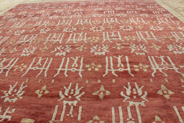 Large Antique Oushak Carpet For Sale 1