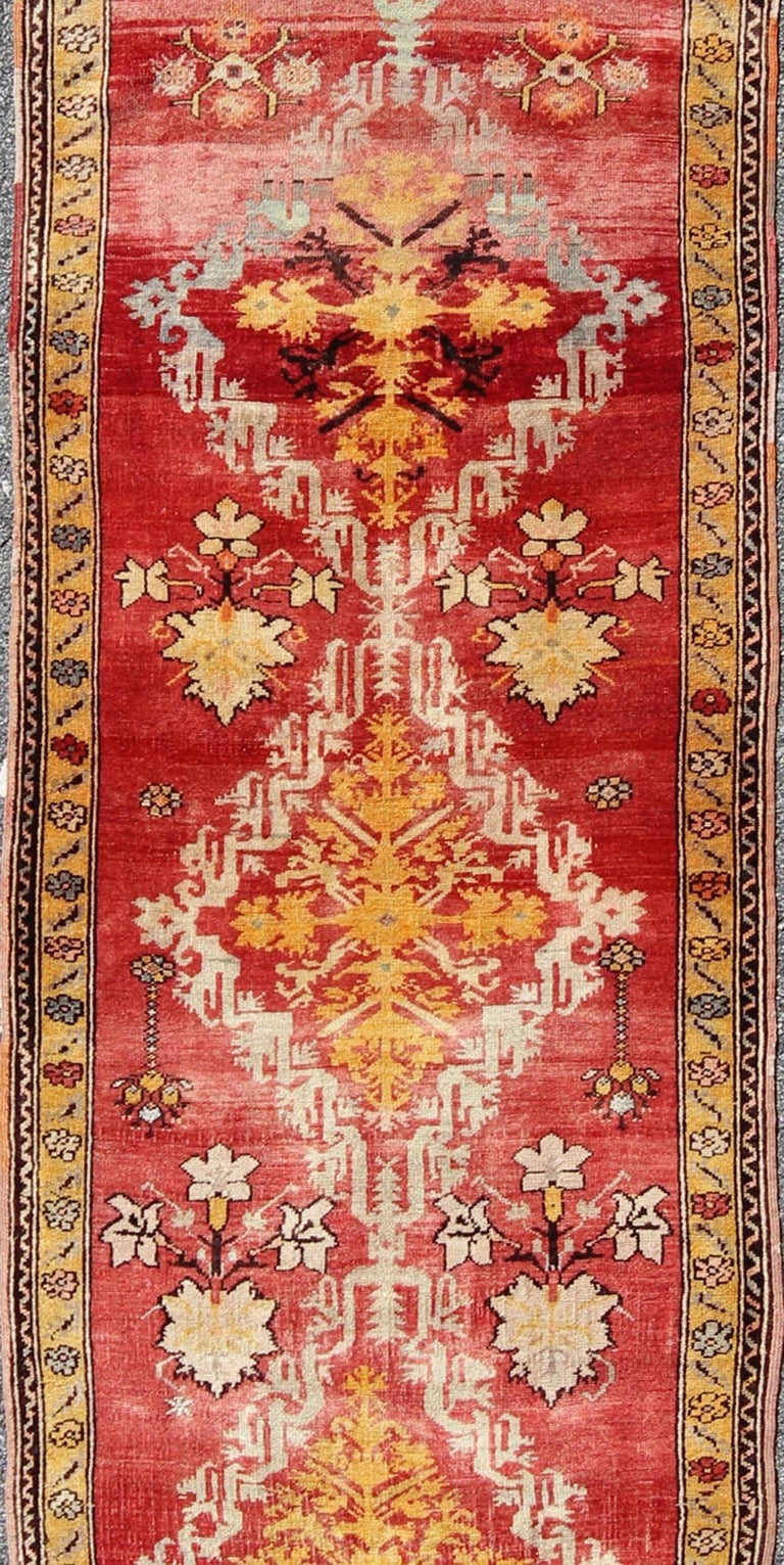 Antique Turkish Oushak Runner In Excellent Condition For Sale In Atlanta, GA