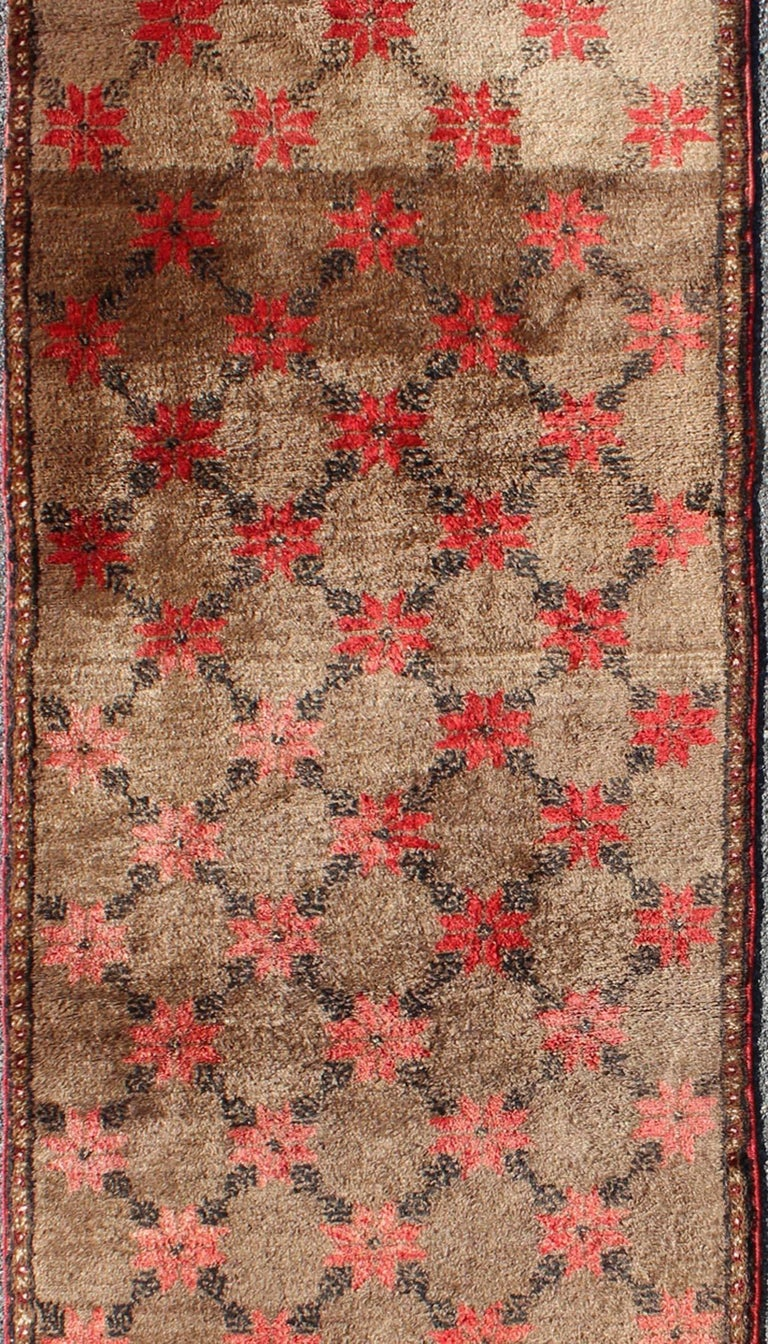 Turkish Tulu Runner with Poinsettias Design in Brown, Charcoal, Red and Ivory In Excellent Condition For Sale In Atlanta, GA
