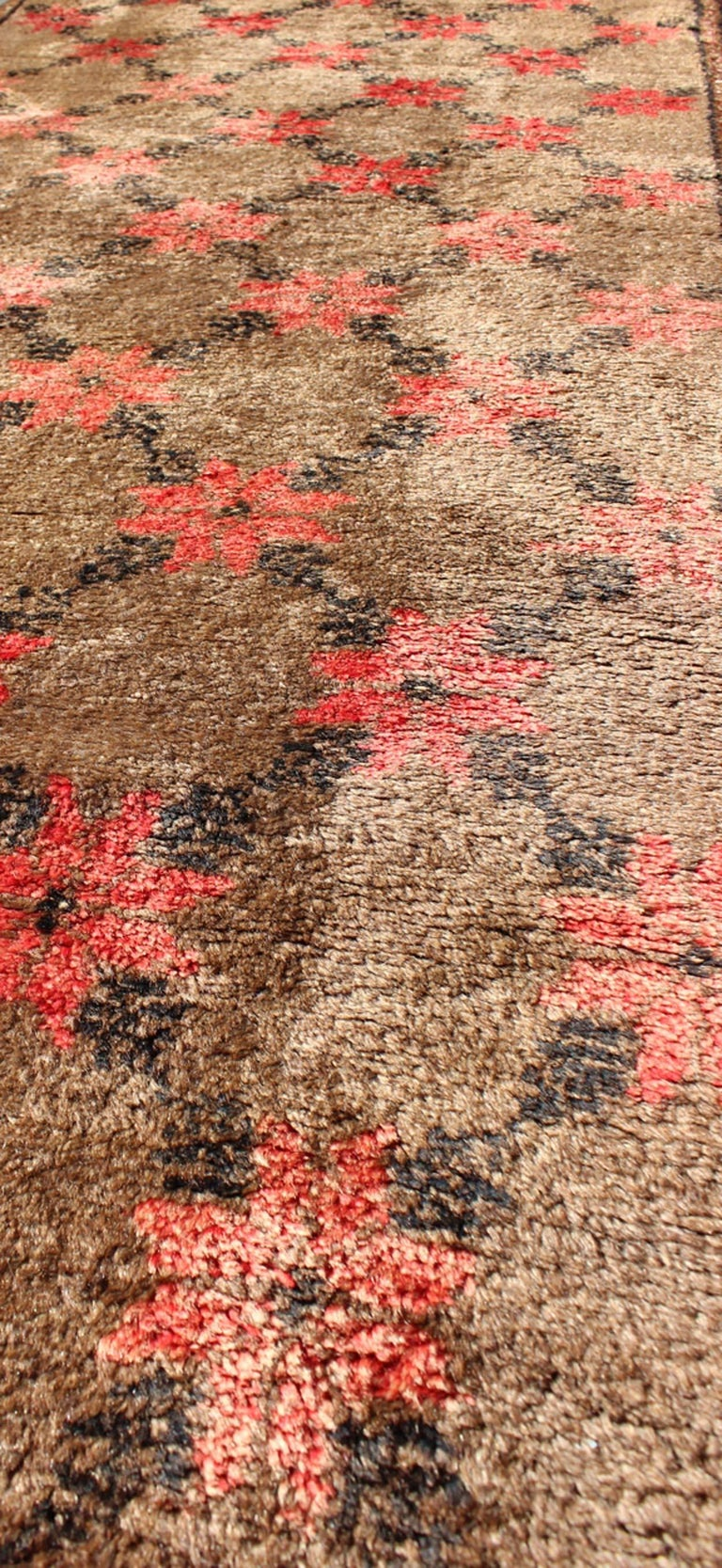 20th Century Turkish Tulu Runner with Poinsettias Design in Brown, Charcoal, Red and Ivory For Sale