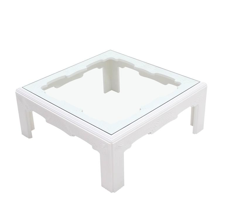 """Square Modern """"Wave"""" Pattern Carving White Lacquer Coffee"""