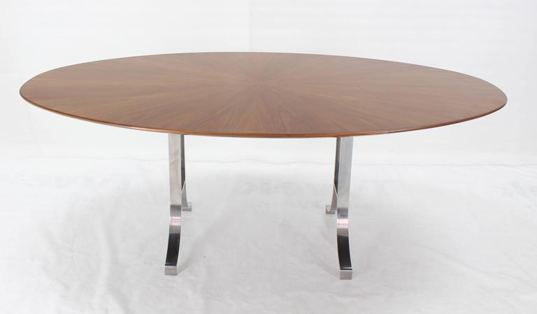 American Oval Walnut Top Stainless Steel Base Dining Conference Table In Excellent Condition For Sale In Elmwood Park, NJ