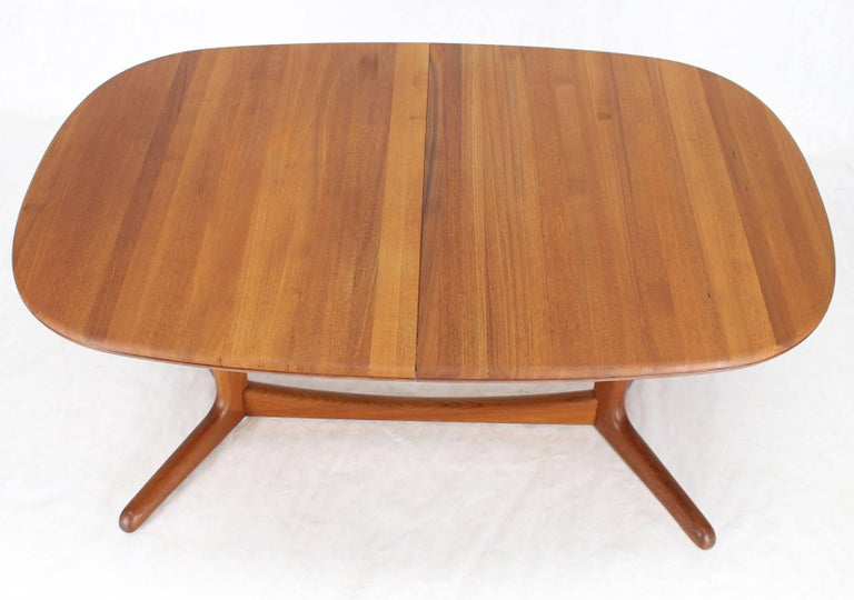 20th Century Solid Teak Danish Mid-Century Modern Dining Table with Two Leafs For Sale