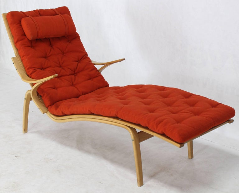 Alvar Aalto Bent Wood Wool Upholstery Chaise Lounge Chair