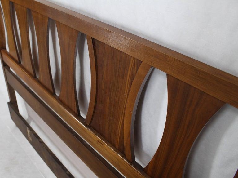 20th Century King-Size Mid-Century Modern Walnut Headboard Bed For Sale