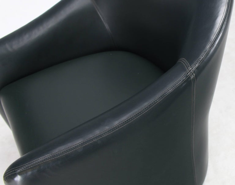 Set of Four Leather Barrel Back Chairs on Wheels In Good Condition For Sale In Rockaway, NJ