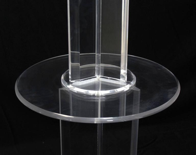mid century modern lucite floor lamp with round built in. Black Bedroom Furniture Sets. Home Design Ideas