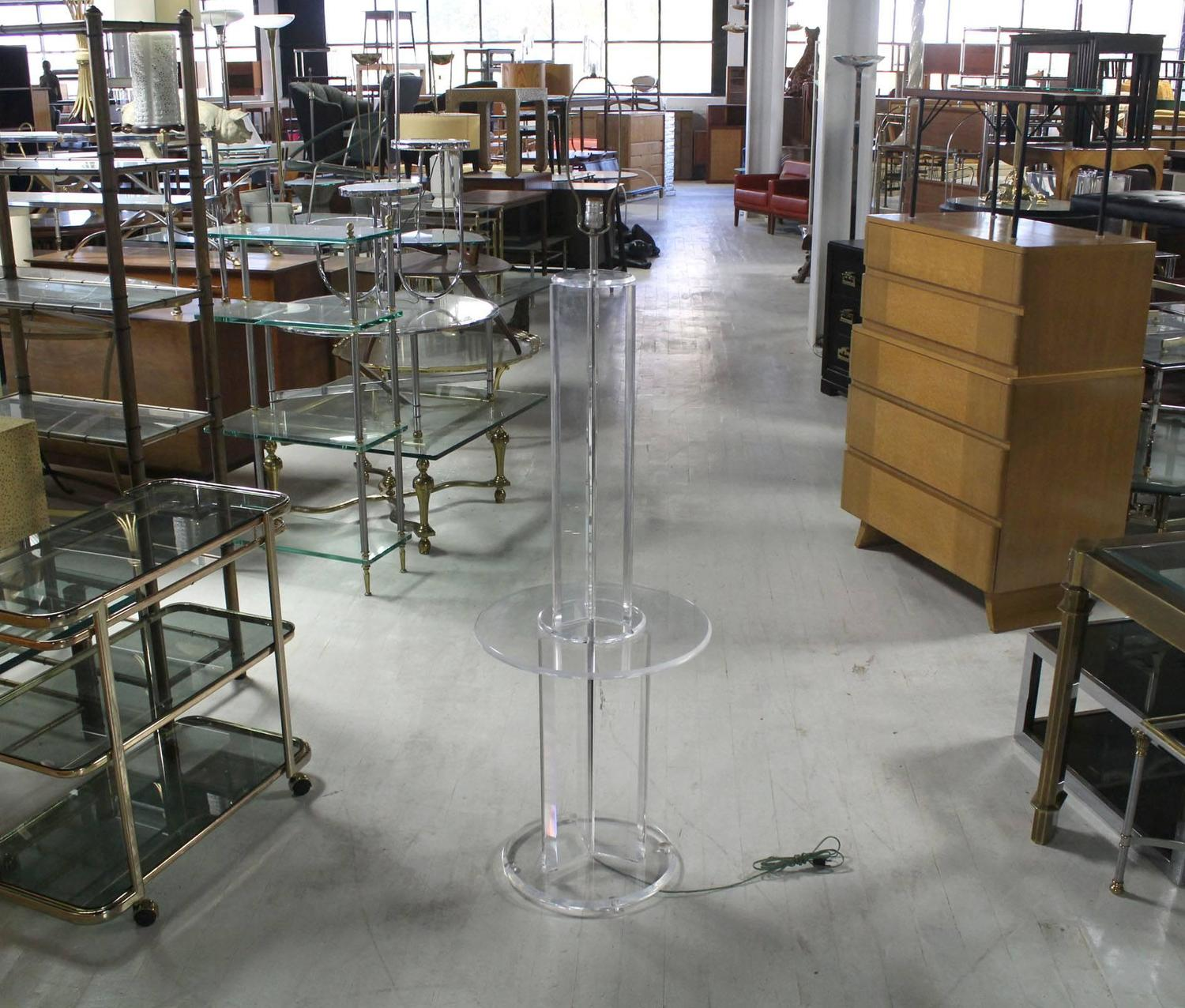 mid century modern lucite floor lamp with built in table. Black Bedroom Furniture Sets. Home Design Ideas
