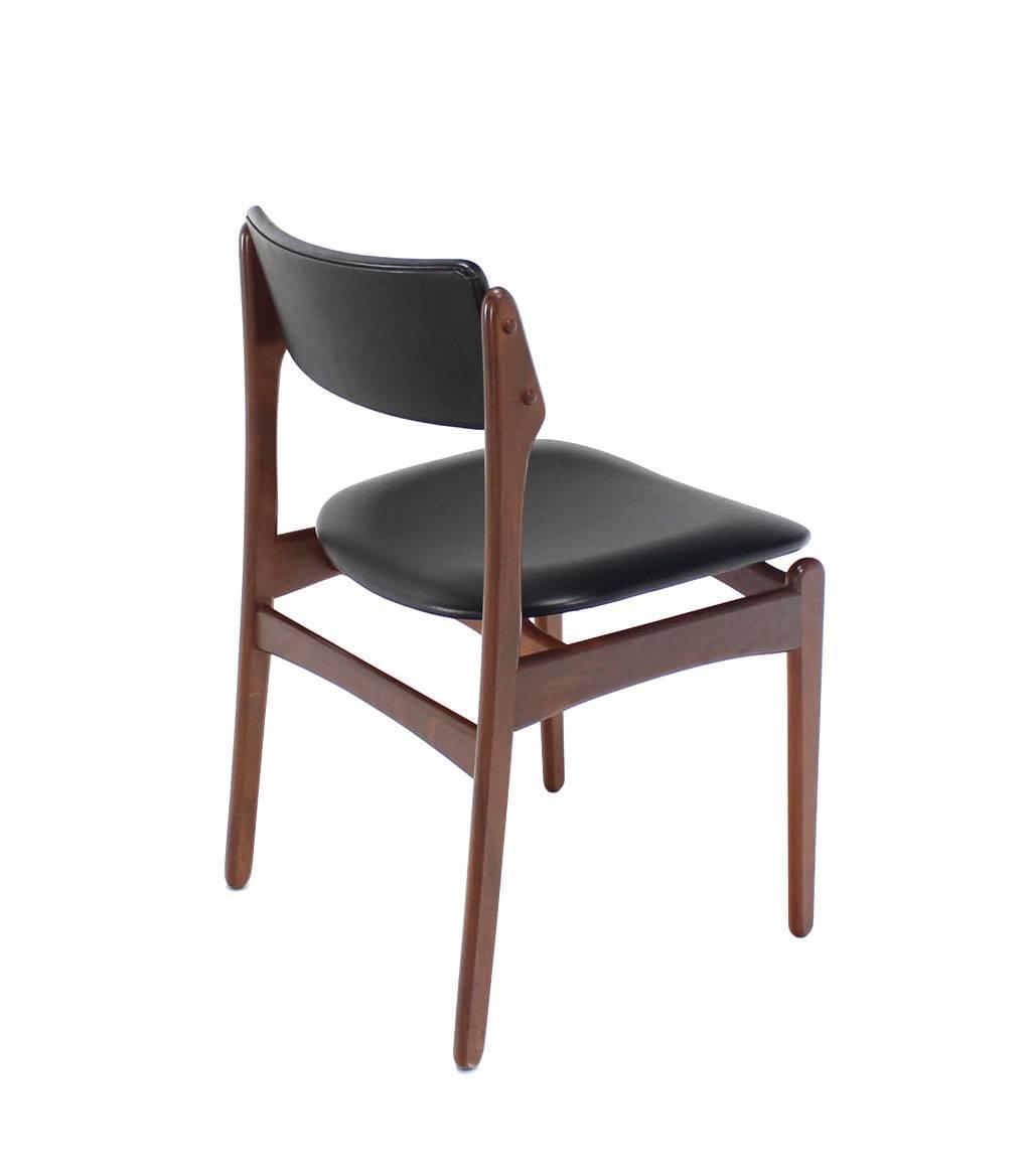 Set of six danish modern teak dining chairs at 1stdibs for Danish modern dining chairs