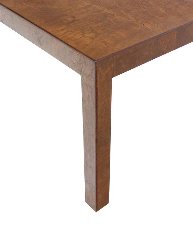 Burl Walnut Mid-Century Modern Side Table In Excellent Condition For Sale In Rockaway, NJ