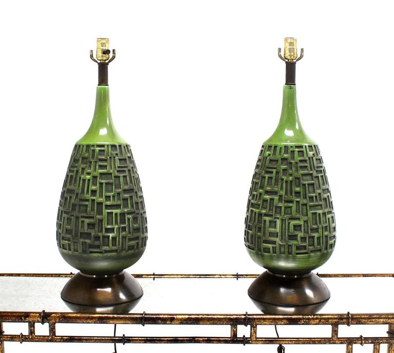 Pair Of Green Truffle Pattern Vase Shape Bases Table Lamps For Sale