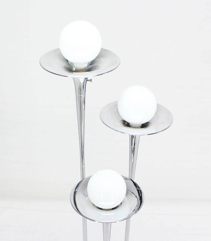 Reggiani trumpet trombone shape tripple chrome floor lamp for Reggiani chrome floor lamp