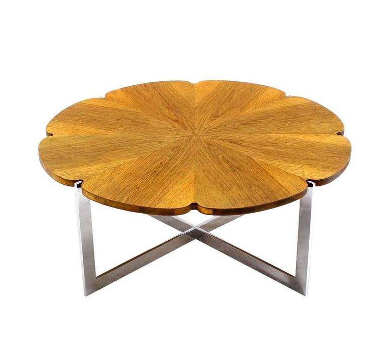 American Daisy Shape Round Walnut Top Chrome X Base Coffee Table For Sale