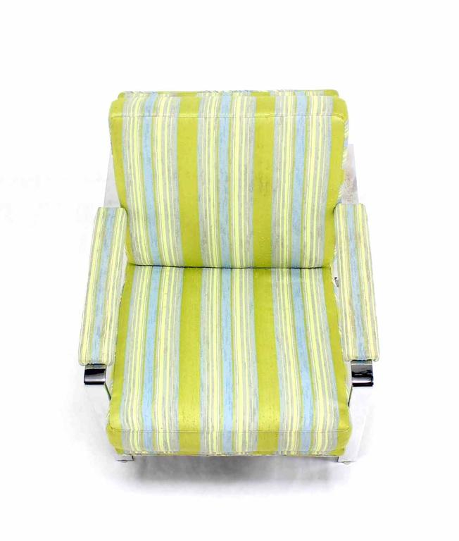 Mid Century Modern Lounge Chair In Excellent Condition For Sale In Rockaway, NJ