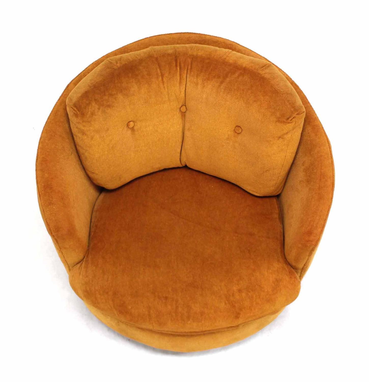 Mid Century Modern Round Barrel Back Swivel Lounge Chair at 1stdibs