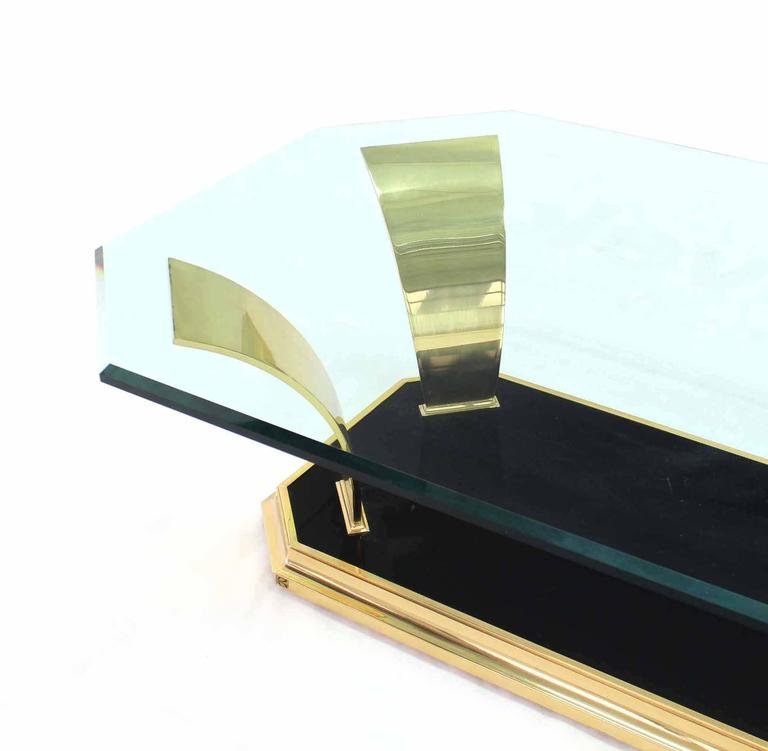 Brass Modern Leaf Motif Base and Glass Top Rectangular Coffee Table In Excellent Condition For Sale In Blairstown, NJ