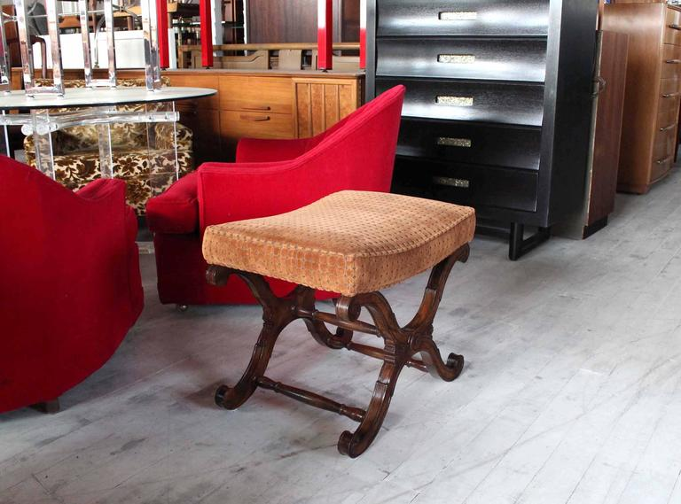 Mid-Century Modern Decorative X-Base Bench For Sale