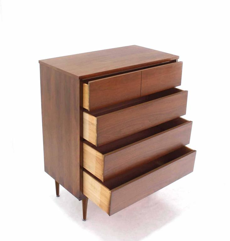 Pair of Danish Modern Walnut High Chests In Excellent Condition For Sale In Elmwood Park, NJ
