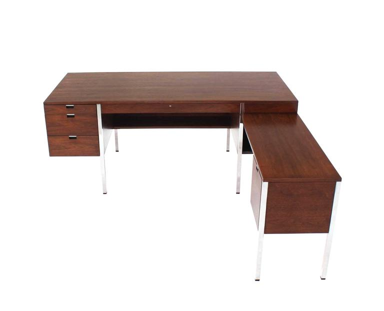 20th Century Dunbar Large Walnut Executive Desk with Return For Sale