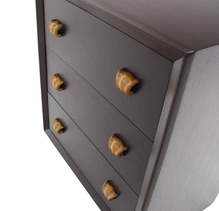 Pair of Three Drawer Bachelor Chests In Excellent Condition For Sale In Blairstown, NJ