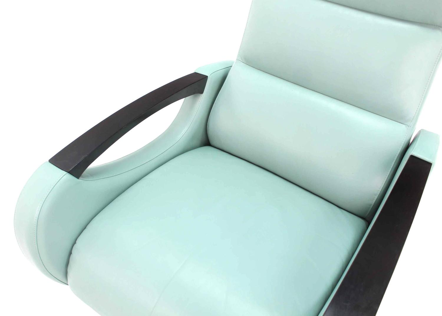 Pair of mid century modern leather recliner lounge chairs for sale at 1stdibs for Modern leather chaise longue