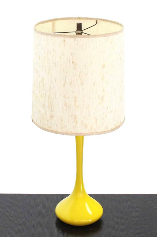 Mid-Century Modern Table Lamp For Sale 1