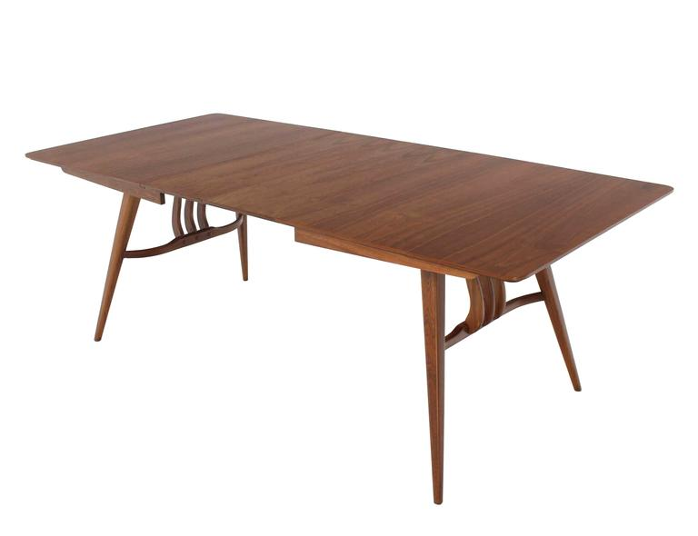 Very nice Mid-Century Modern sculptured base dining table with 2 x 12