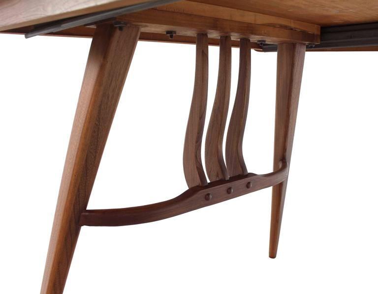 Mid-Century Modern Walnut Sculptured Base Dining Table For Sale 4