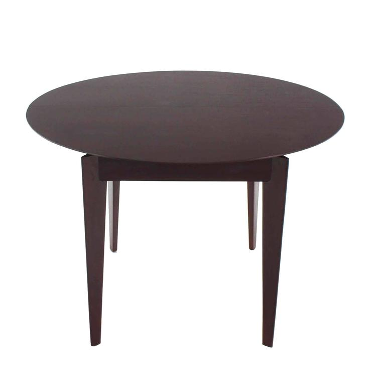 mid century modern round dining table for sale at 1stdibs. Black Bedroom Furniture Sets. Home Design Ideas