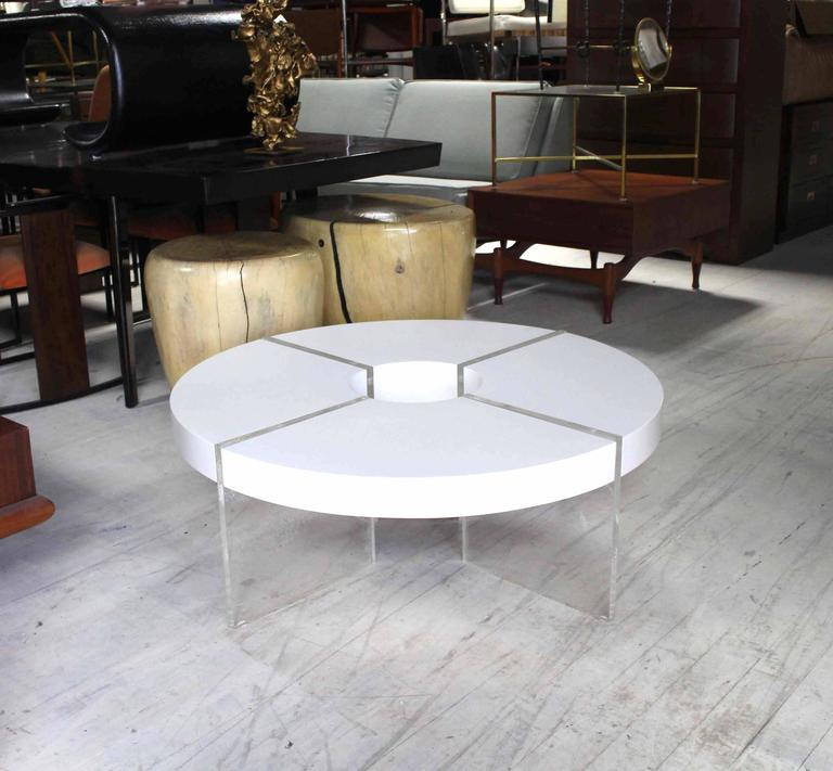Round Circle White Lacquer Lucite Coffee Table For Sale At
