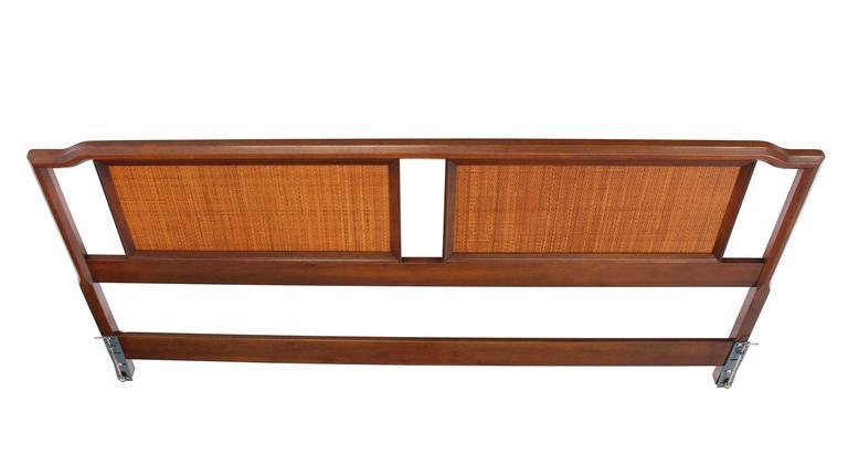 King-Size Walnut Headboard Bed In Excellent Condition In Rockaway, NJ