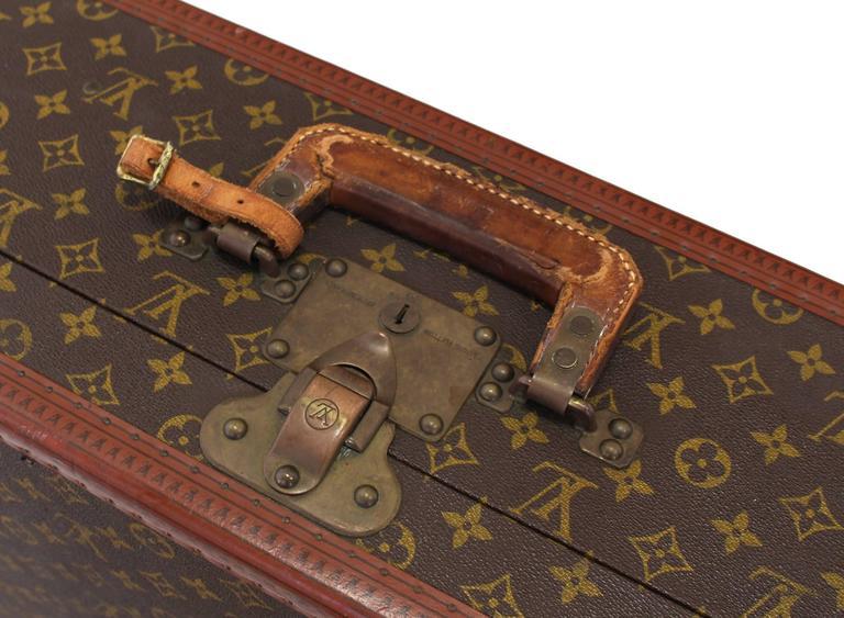20th Century Louis Vuitton Suit Case For Sale