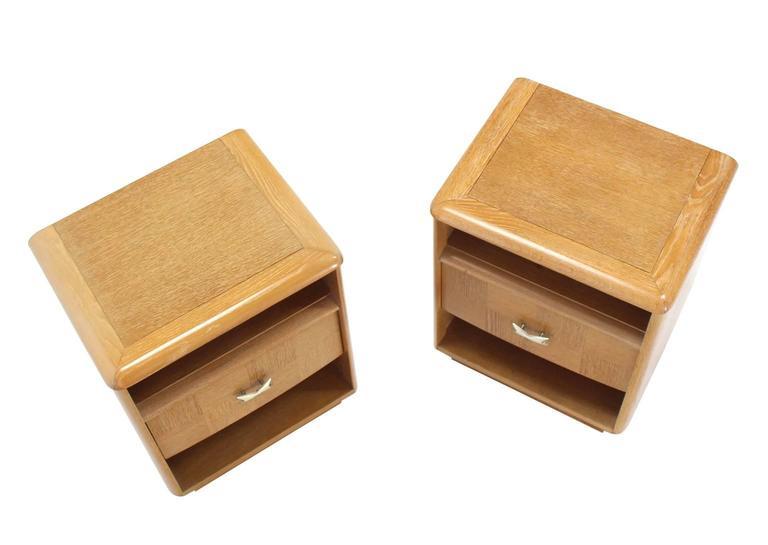 Pair of American Mid-Century Modern cerused oak nightstands.