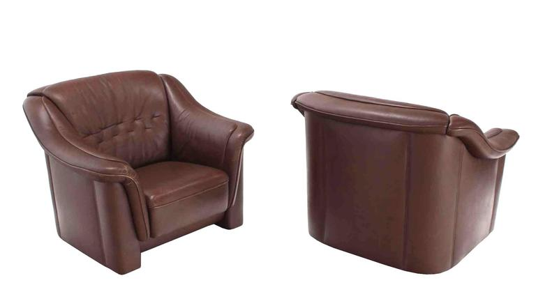 American Pair of Brown Leather Lounge Chairs with Ottomans For Sale