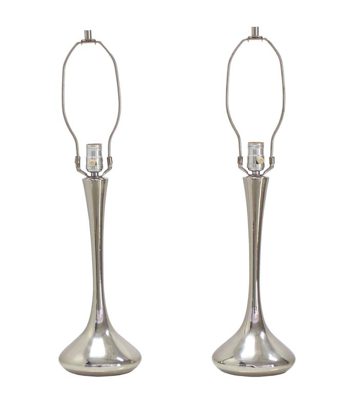 Pair of Chrome Mid-Century Modern Table Lamps For Sale 1