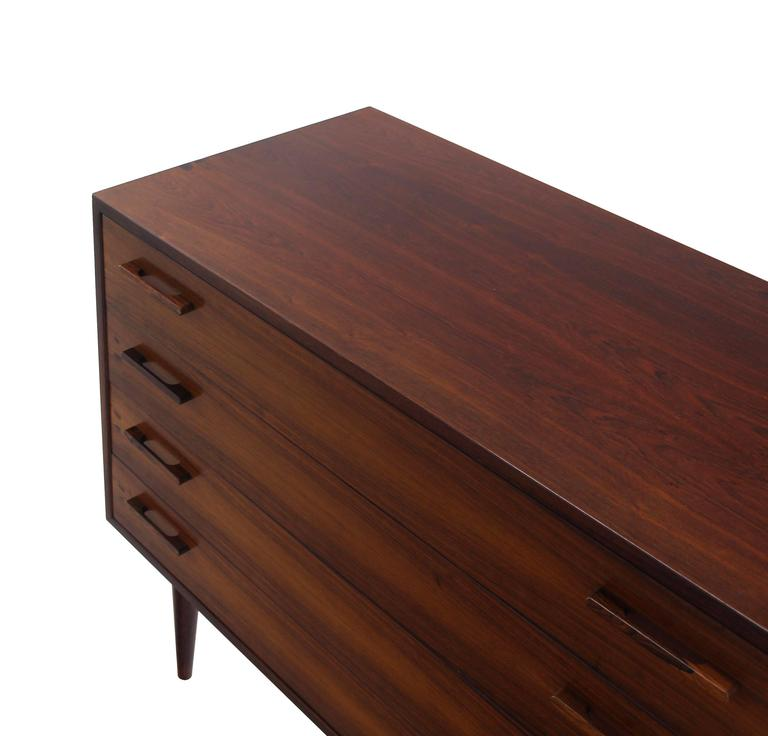 Nice Four Drawers Mid-Century Modern Rosewood Bachelor Chest 4